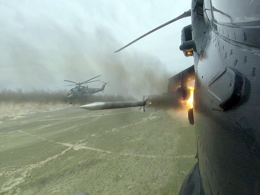 HHQ-nin helikopter bölmələri yer hədəflərini döyüş atışları ilə məhv edib – VİDEO