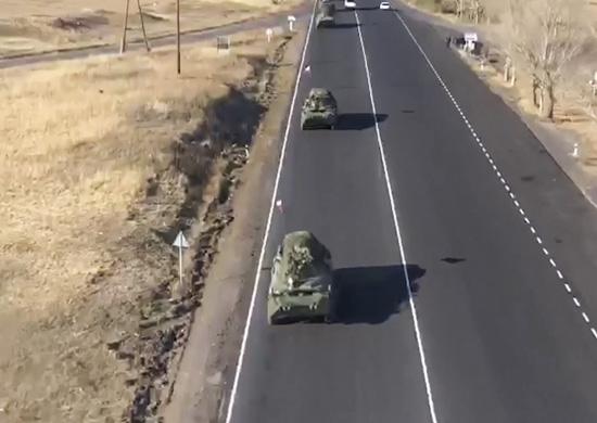 Rusiya sülhməramlılarının yeni kolonları Dağlıq Qarabağa doğru hərəkət edir – VİDEO
