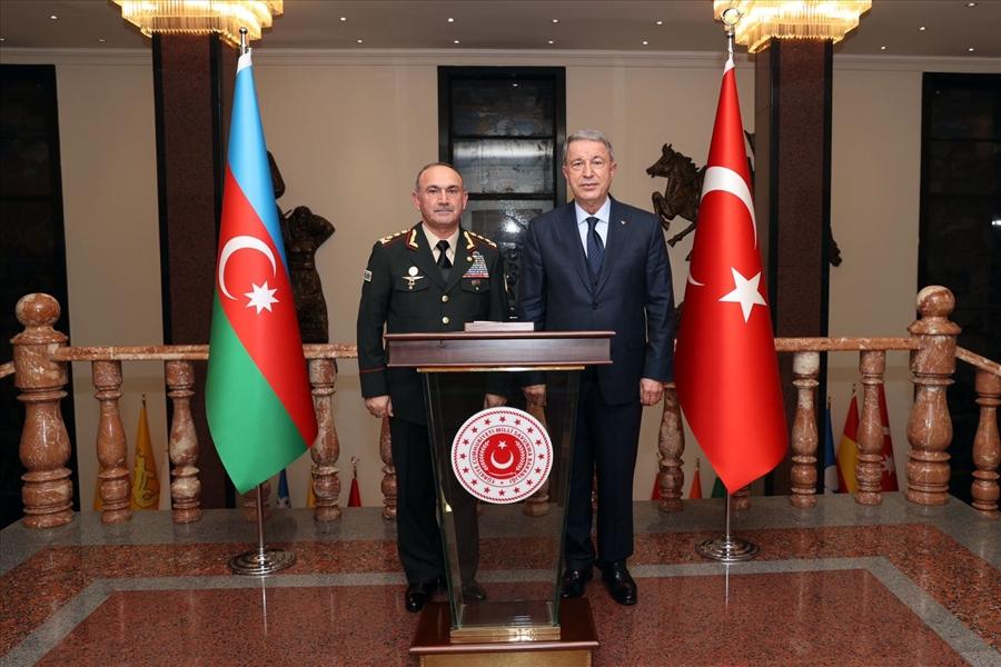 Ordu Komandanı Kərəm Mustafayev Türkiyənin Müdafiə naziri ilə görüşüb