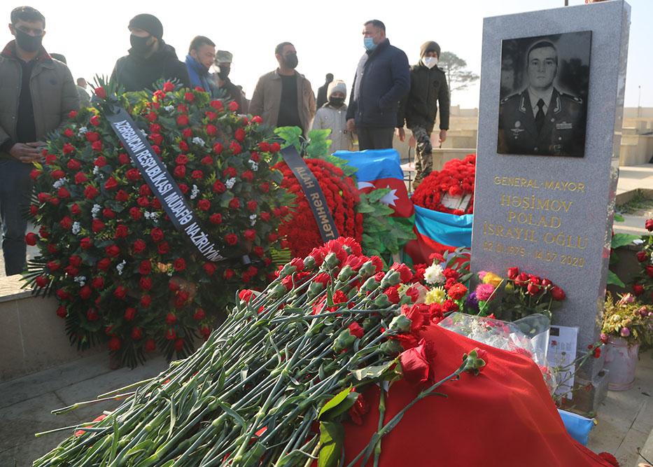 General Polad Həşimovun xatirəsi yad edilib